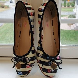 Striped ballerina shoes